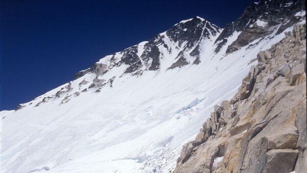 Восхождение на Эверест. Архив