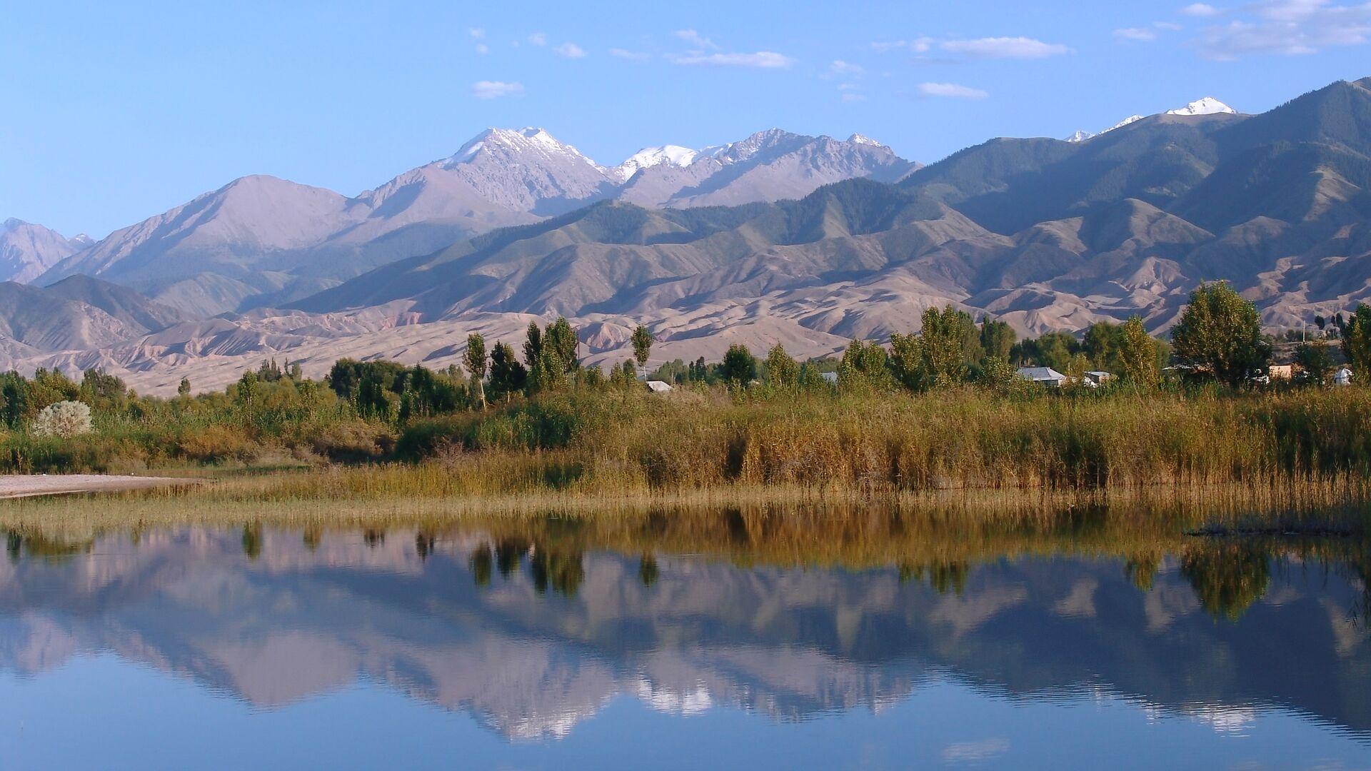 Гульнара–Клара Самат: Киргизия обсуждает с РФ снятие ограничений на въезд