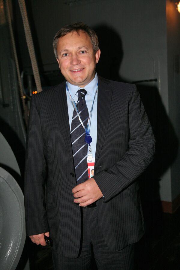 Глава совета директоров ВБД Сергей Пластинин снизил долю в компании