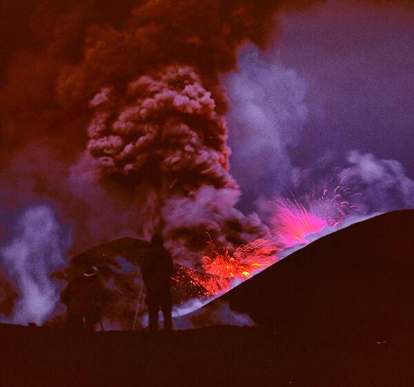 Вулкан Алаид на Курильских островах