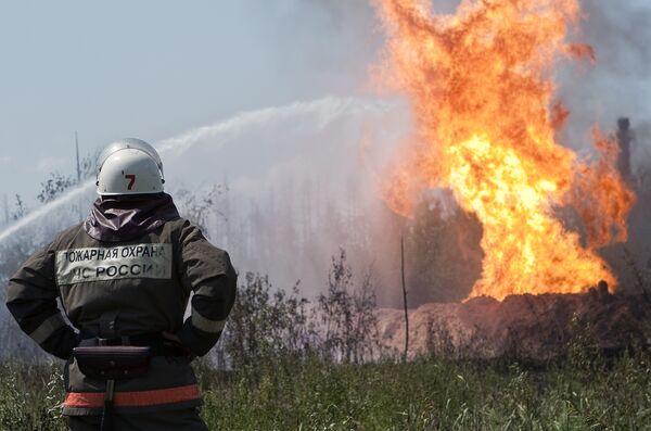 Глубина газовой скважины, горящей под Волгоградом, составляет 3000 м
