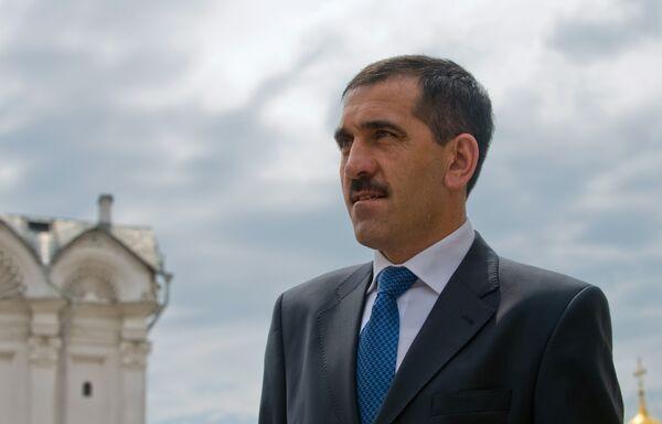 Президент Ингушетии Юнус-Бек Евкуров вернулся в республику