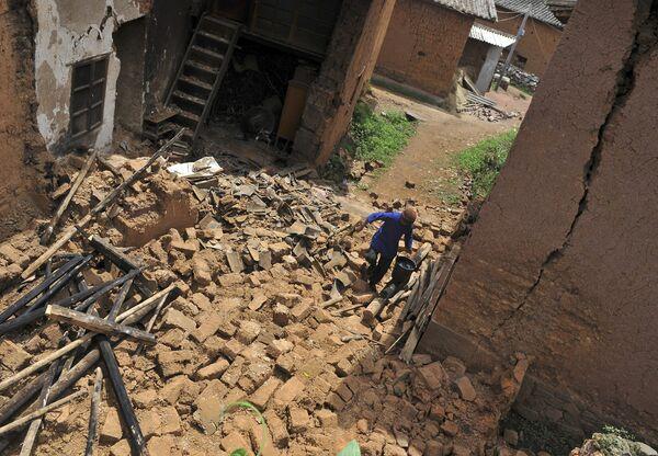 Новое землетрясение магнитудой 5,2 зафиксировано на юго-западе КНР