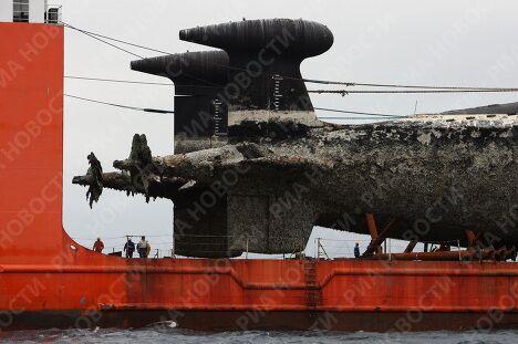Две атомные подлодки доставлены на завод Звезда для утилизации