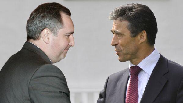 Рогозин провел конструктивную встречу с генсеком НАТО
