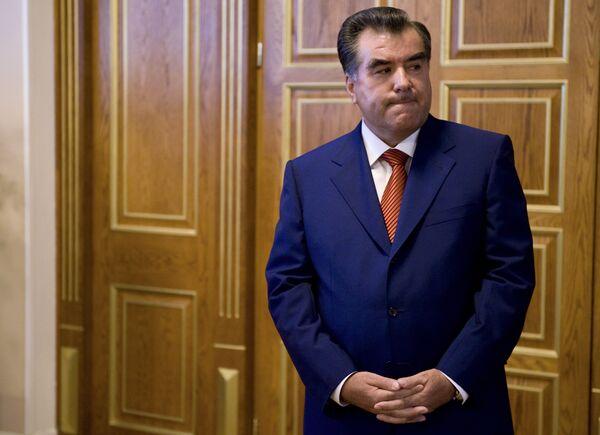 Президент Таджикистана Эмомали Рахмон в правительственной резиденции Кохи Сомон в Душанбе