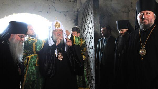 Патриарх Московский и Всея Руси Кирилл совершил богослужение в Спасо-Преображенском соловецком монастыре