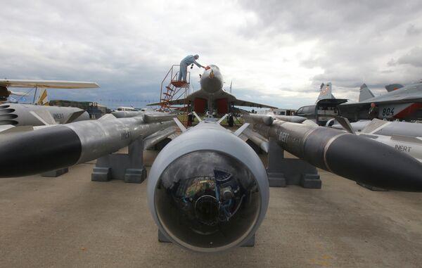 Истребитель-перехватчик МиГ-29СМ на МАКС-2009