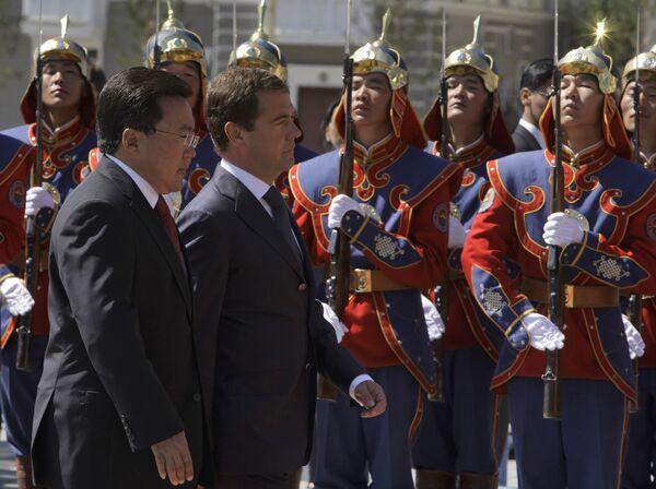 Президент РФ Дмитрий Медведев встретился с президентом Монголии Цахиагийном Элбэгдоржем