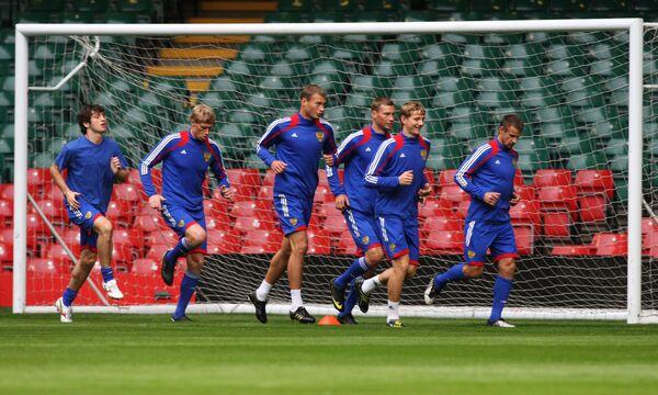 Тренировка сборной России по футболу в Кардиффе