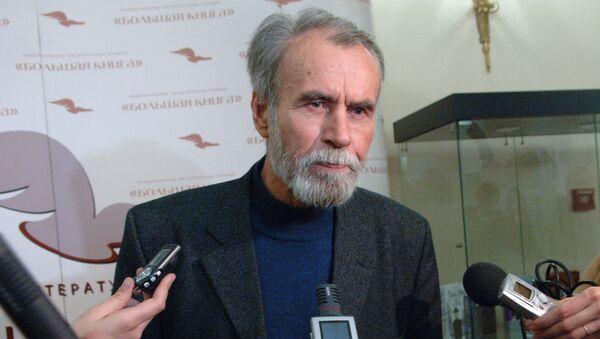 Писатель Владимир Маканин