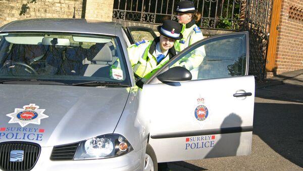 Сотрудники британской полиции, архивное фото