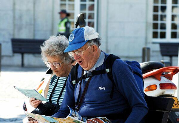 Пенсионеров привлекут на дефицитные профессии сохранением пенсий