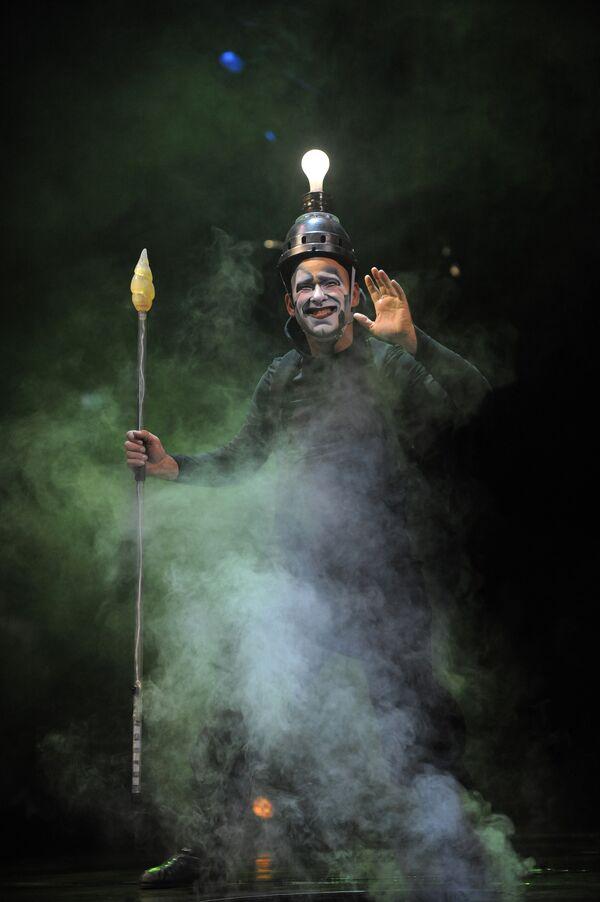 Репетиция шоу Varekai канадского Cirque du Soleil в Москве