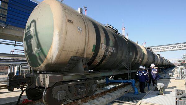 Пошлина на экспорт нефти из РФ с апреля может повыситься на $47,3-50,5