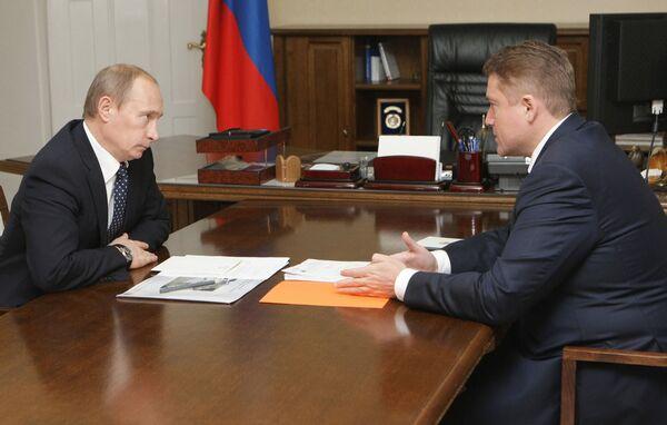 Премьер-министр РФ В.Путин провел рабочую встречу с Г.Боосом