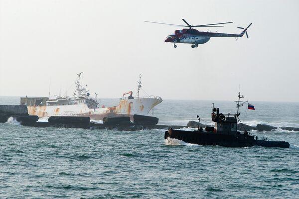 Спасательная операция у берегов Сахалина