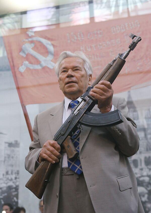 Легендарный российский конструктор Михаил Калашников