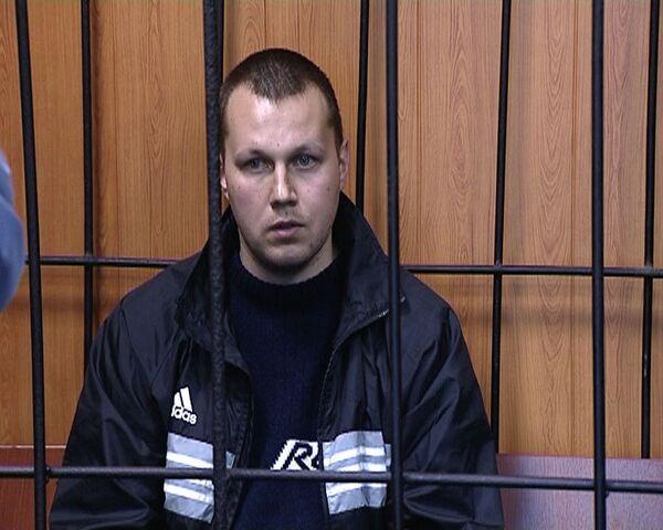 Подозреваемый в попытке убийства детей офицер отрицает свою вину
