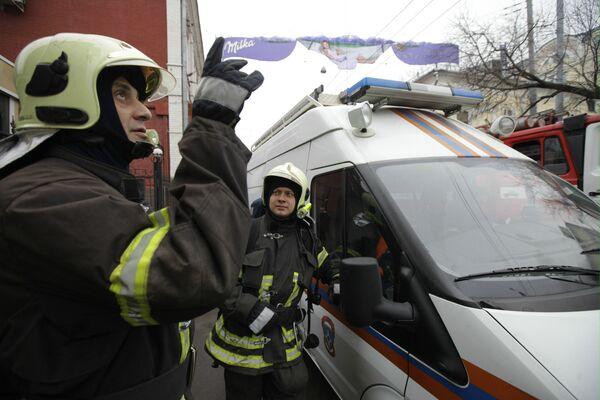 Пожар в старом здании на юго-востоке Москвы ликвидирован - МЧС