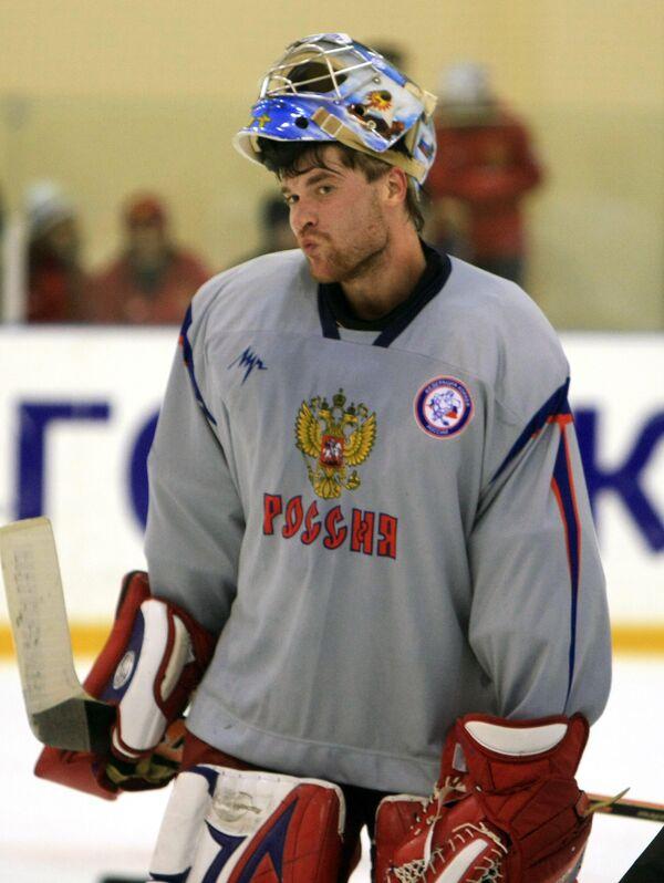Вратарь Василий Кошечкин
