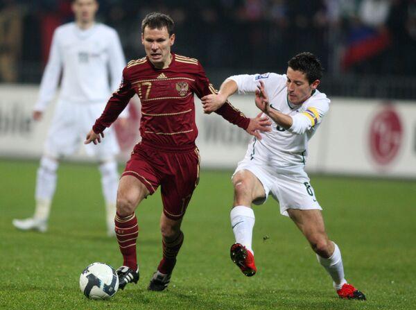 Россия-Словения: все желтые и красные карточки матча