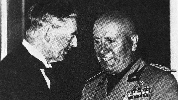 Итальянский диктатор Бенито Муссолини