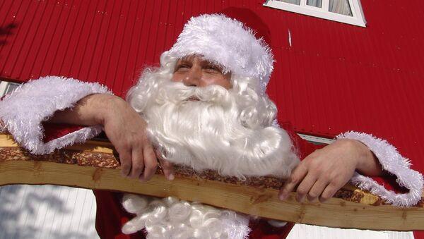 Санта Клаус прилетел в Японию из Финляндии