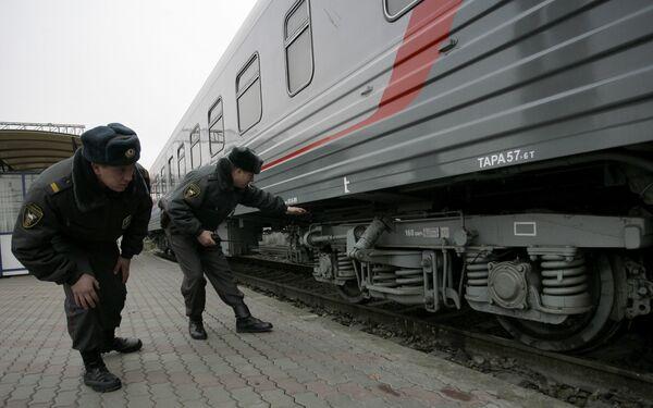Усиление мер безопасности на железной дороге. Архив