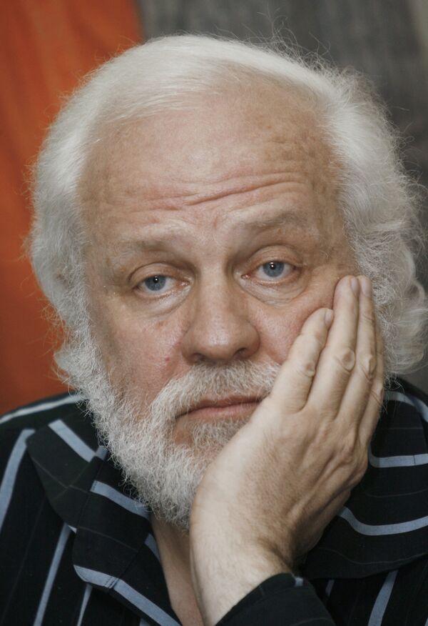 Писатель Петр Вайль