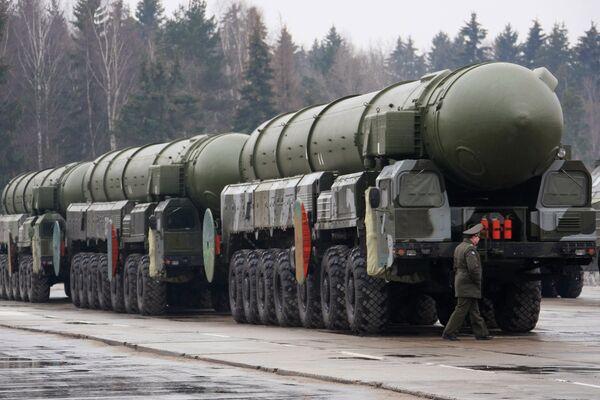 Ракетный комплекс стратегического назначения Тополь. Архив