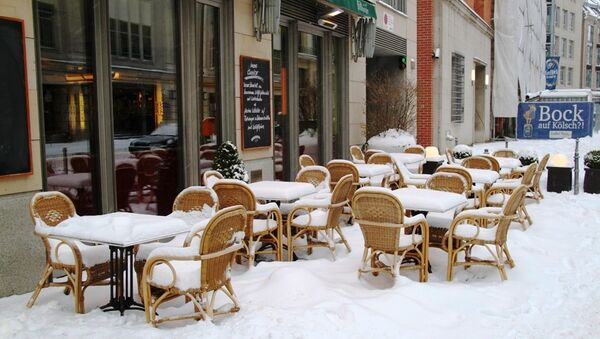 Берлин засыпало снегом