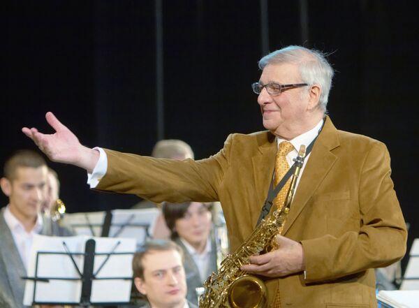 Саксофонист Георгий Гаранян