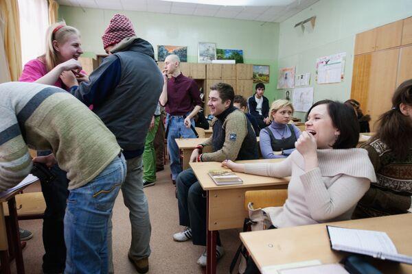 На съемочной площадке телесериала Школа режиссера Валерии Гай Германики
