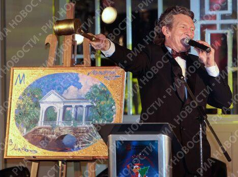 Благотворительный аукцион Рождественская азбука прошел в Санкт-Петербурге