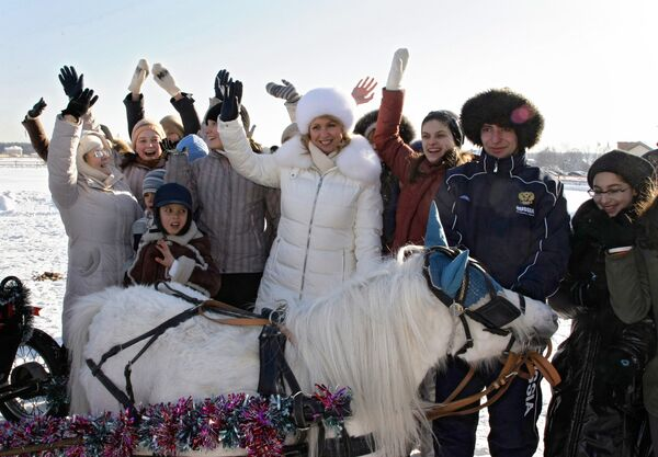 Светлана Медведева на празднике Веселая масленица в Подмосковье