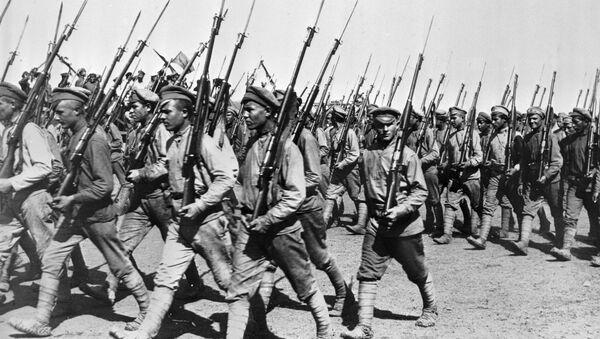 Парад войск Красной Армии в Харькове