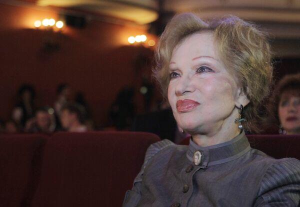 Людмила Гурченко на церемонии, посвященной 100-летию кинотеатра Художественный