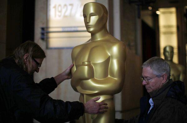 Последние приготовления к церемонии вручения премии Оскар