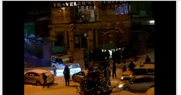 Место взрыва в Новосибирске. Стоп-кадр видеозаписи очевидца