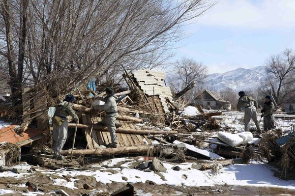 Последствия паводка на юге Казахстана