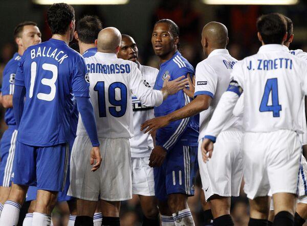 Игровой момент матча Челси - Интер