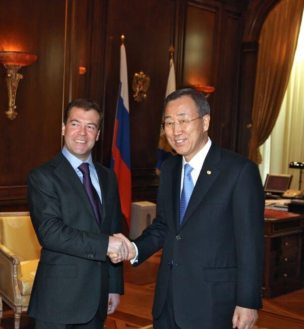 Встреча президента России Д.Медведева с генсеком ООН Пан Ги Муномом. Архив