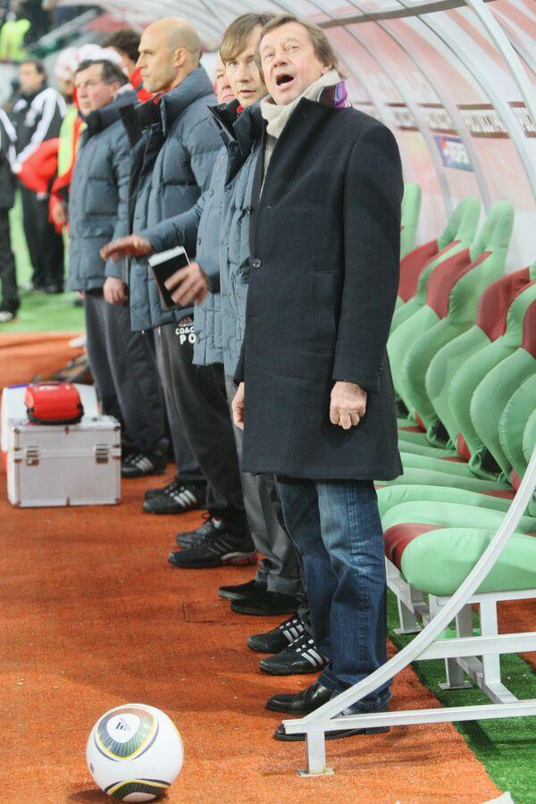Юрий Семин (на переднем плане)