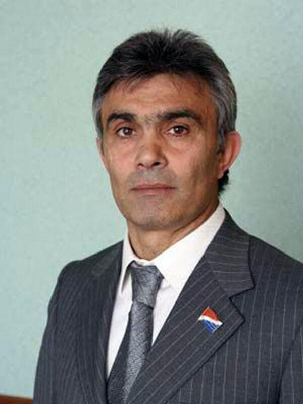Галуст Ахоян