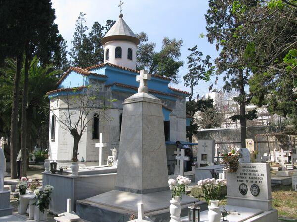 Русское мемориальное военное кладбище в афинской гавани Пирей