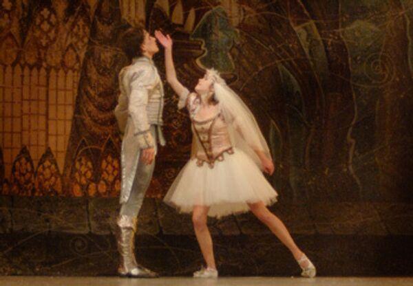Сцена из спектакля Щелкунчик. Театр Киев модерн-балет, Украина