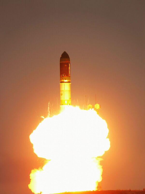 Запуск РН Днепр с европейским научным спутником CryoSat-2