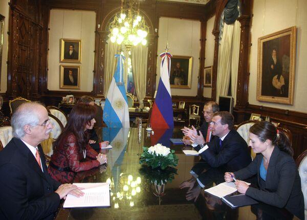 Президент России Д.Медведев на переговорах с президентом Аргентины К.Ф. де Киршнер