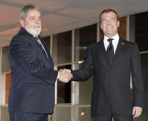 Президент РФ Дмитрий Медведев и президент Бразилии Луис Лула да Силва